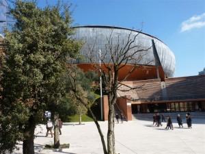 Auditorium 001