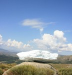 Centro de Arte y Naturaleza Cerro Gallinero dans Art nube-145x150